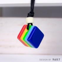 【PAR.T】彩虹商品-方塊項鍊(淺藍)